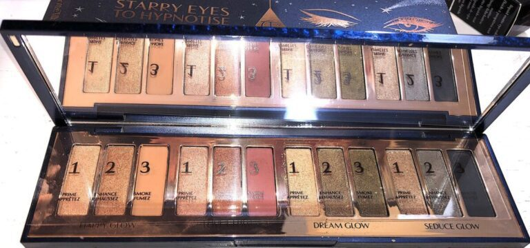 STARRY EYES TO HYPNOTIZE EYE SHADOW HOLIDAY PALETTE