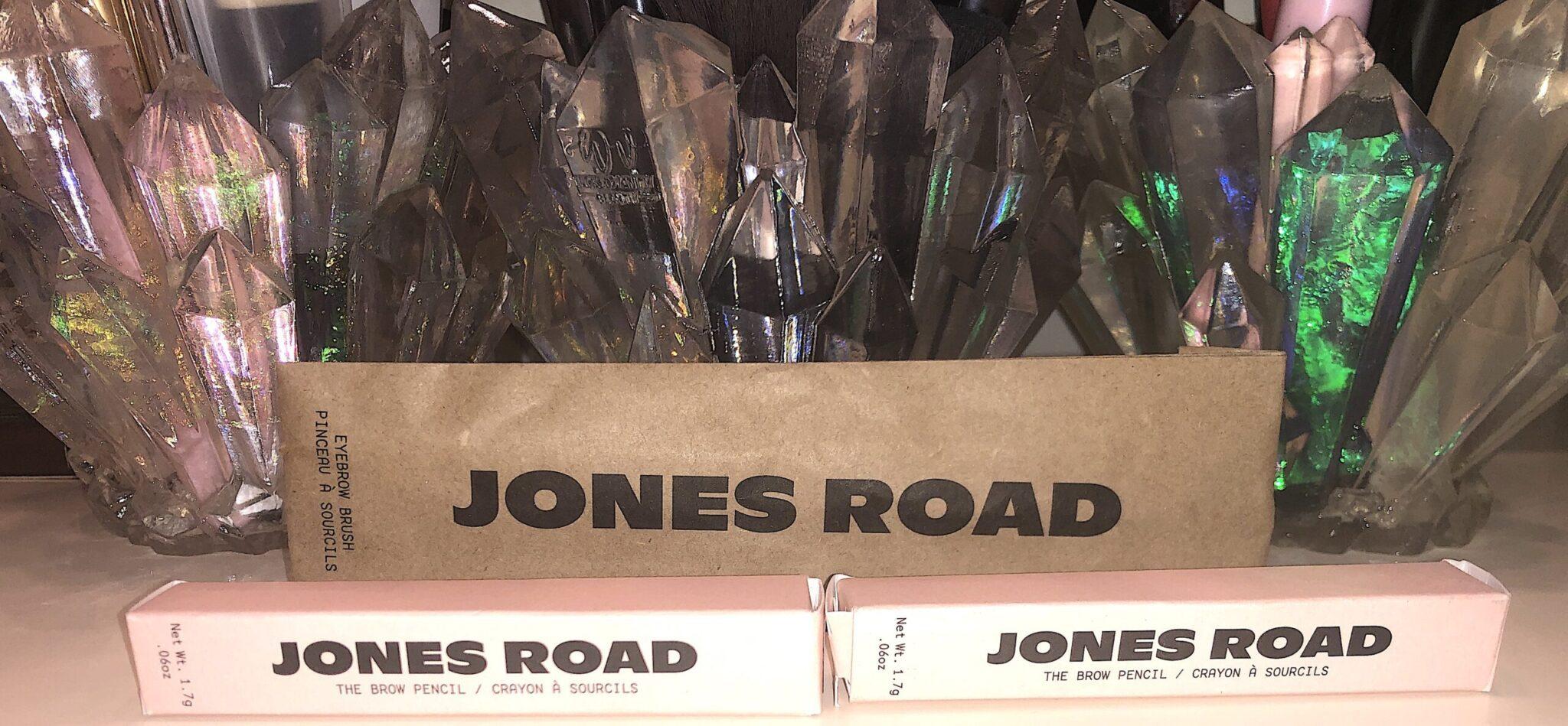 BOBBI BROWN JONES ROAD BROW PENCIL AND BROW BRUSH PACKAGING
