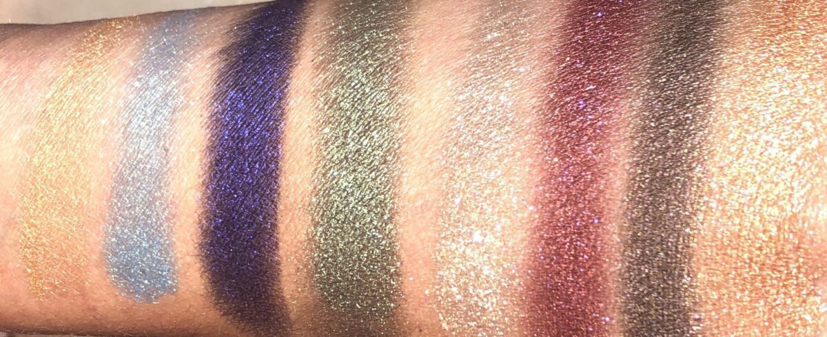 SWATCHES OF PAT MCGRATH BLITZ ASTRAL QUADS IN NOCTURNAL NIRVANA AND ICONIC ILLUMINATION