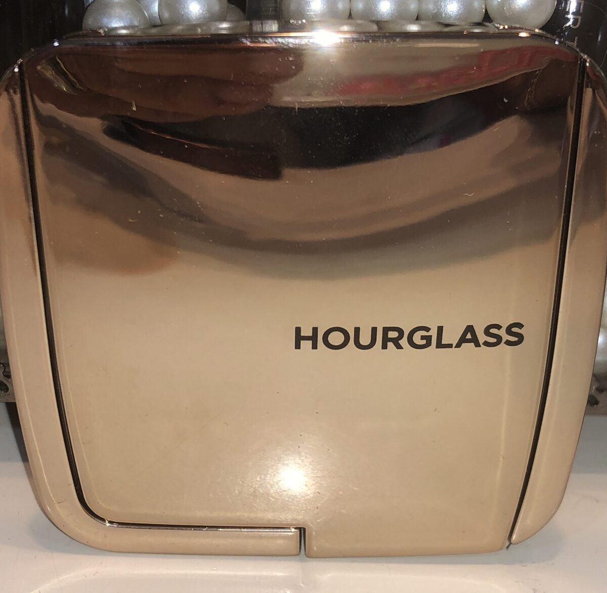 Hourglass At Night Ambient Lighting Blush compact