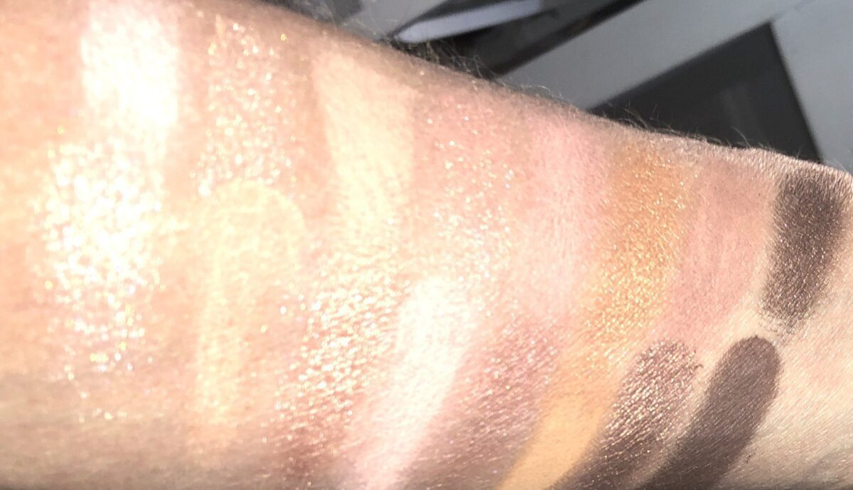 SWATCHES TOO FACED THE NATURAL NUDES EYESHADOW PALETTE