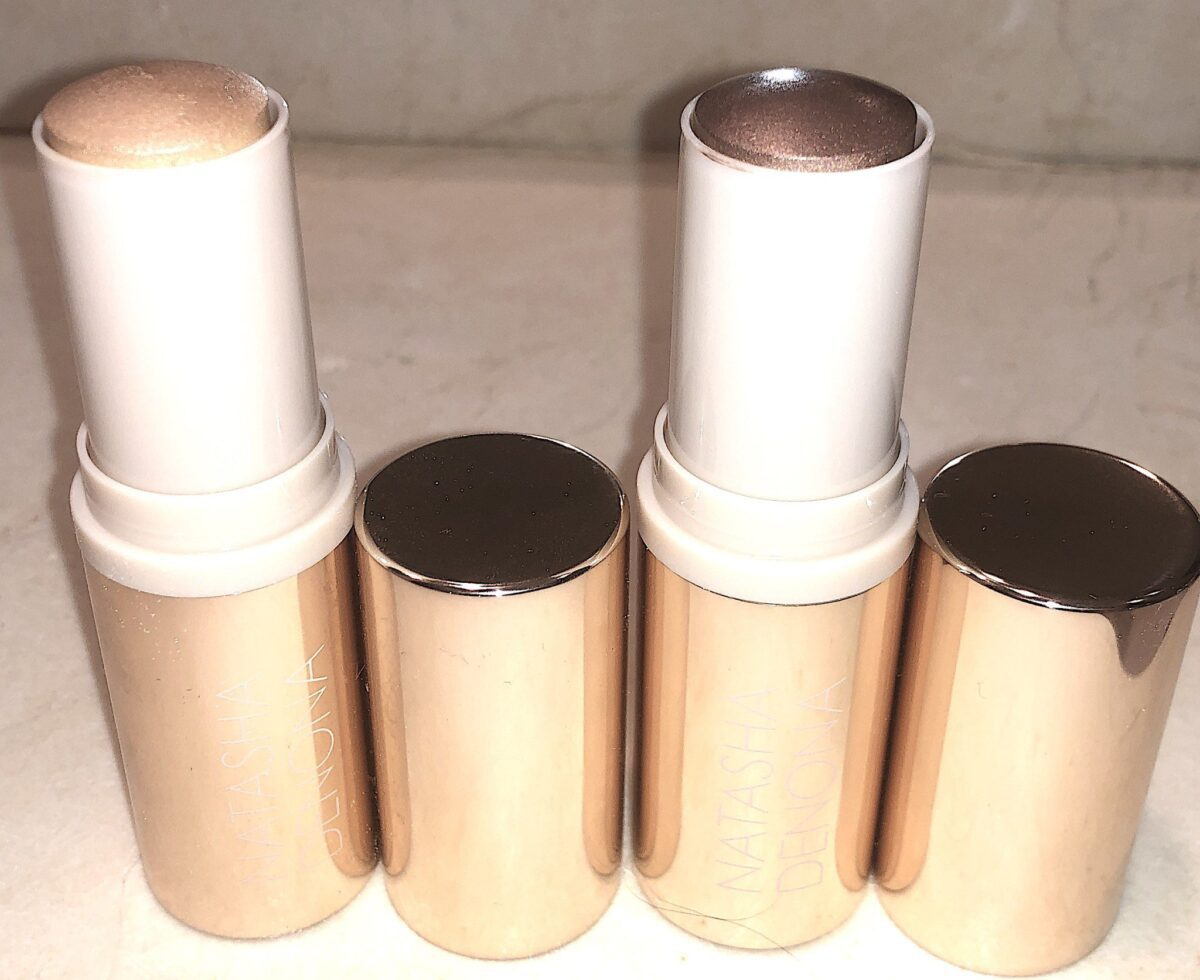 PULL THE LID OFF OF THE FACE GLOW CREAM SHIMMER STICK