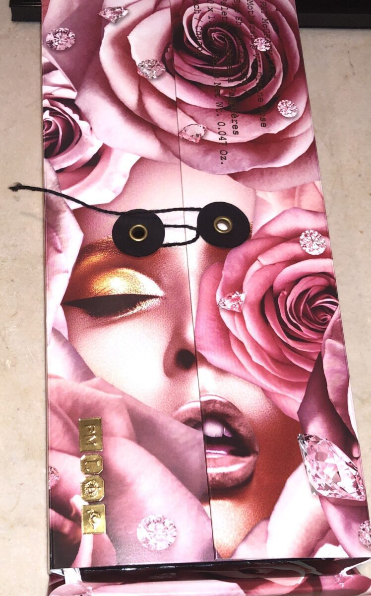 OUTER BOX OF THE DIVINE ROSE PALETTE