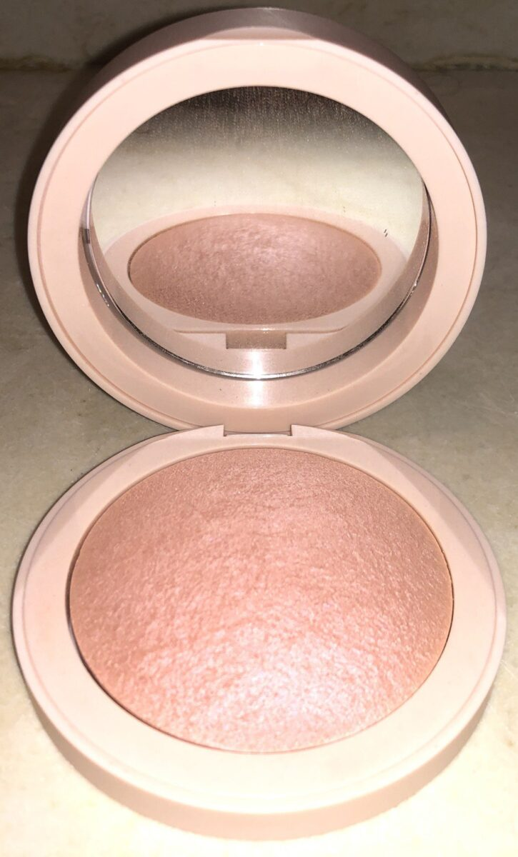 THE MAGIC HOUR COLLECTION MAGIC HOUR BLUSH AND MIRROR