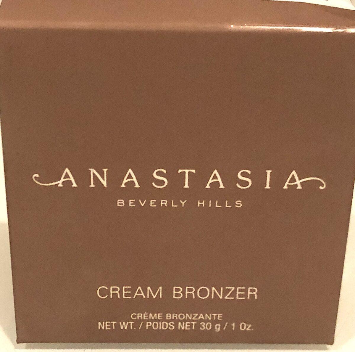 Anastasia New Cream Bronzer outer box