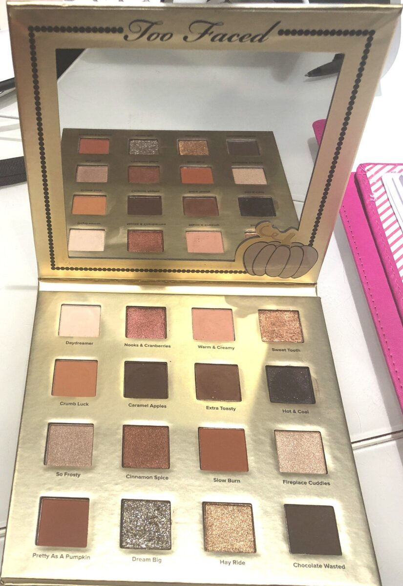 TOO FACED PUMPKIN SPICE EYESHADOW PALETTE WITH NEW EXCLUSIVE SHADES, AND A BIG MIRROR