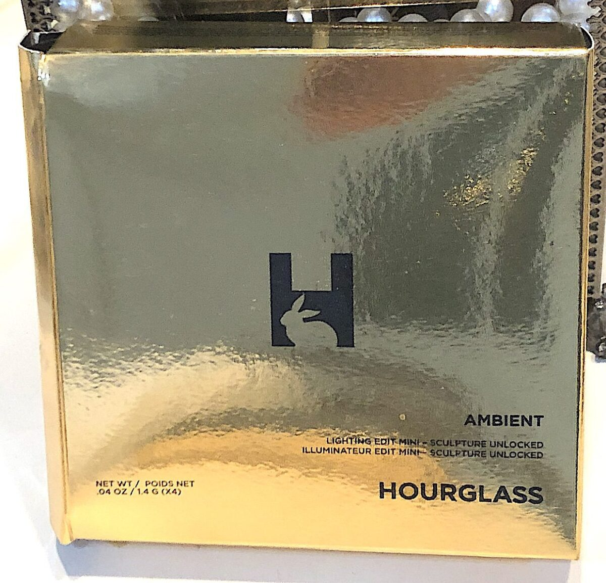 THE HOURGLASS SCULPTURE UNLOCKED MINI EDIT OUTER PACKAGING BOX