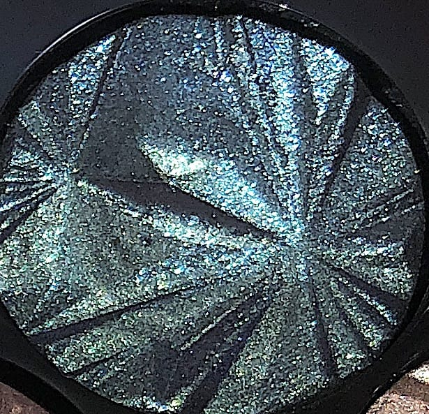 THE SHADE ELECTRIC SAPPHIRE IN THE LUXE GEMS EYESHADOW PALETTE