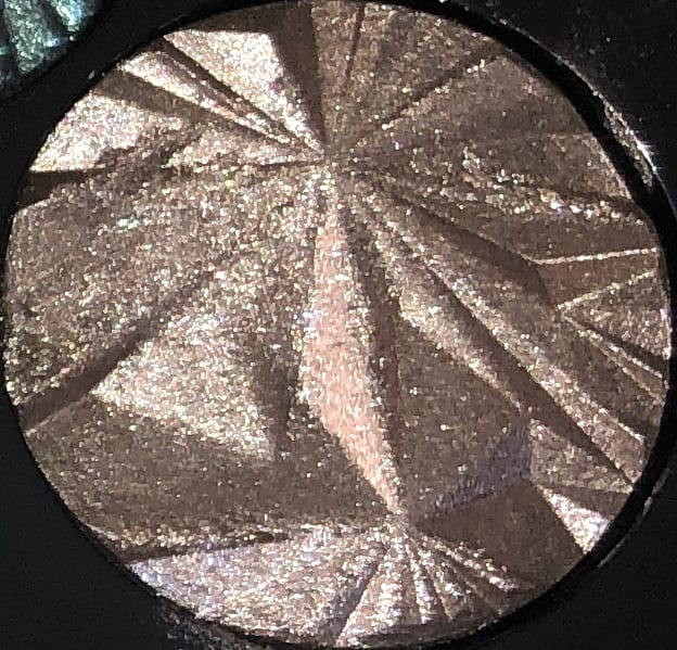 THE SHADE BLACK PEARL IN THE LUXE GEMS EYESHADOW PALETTE