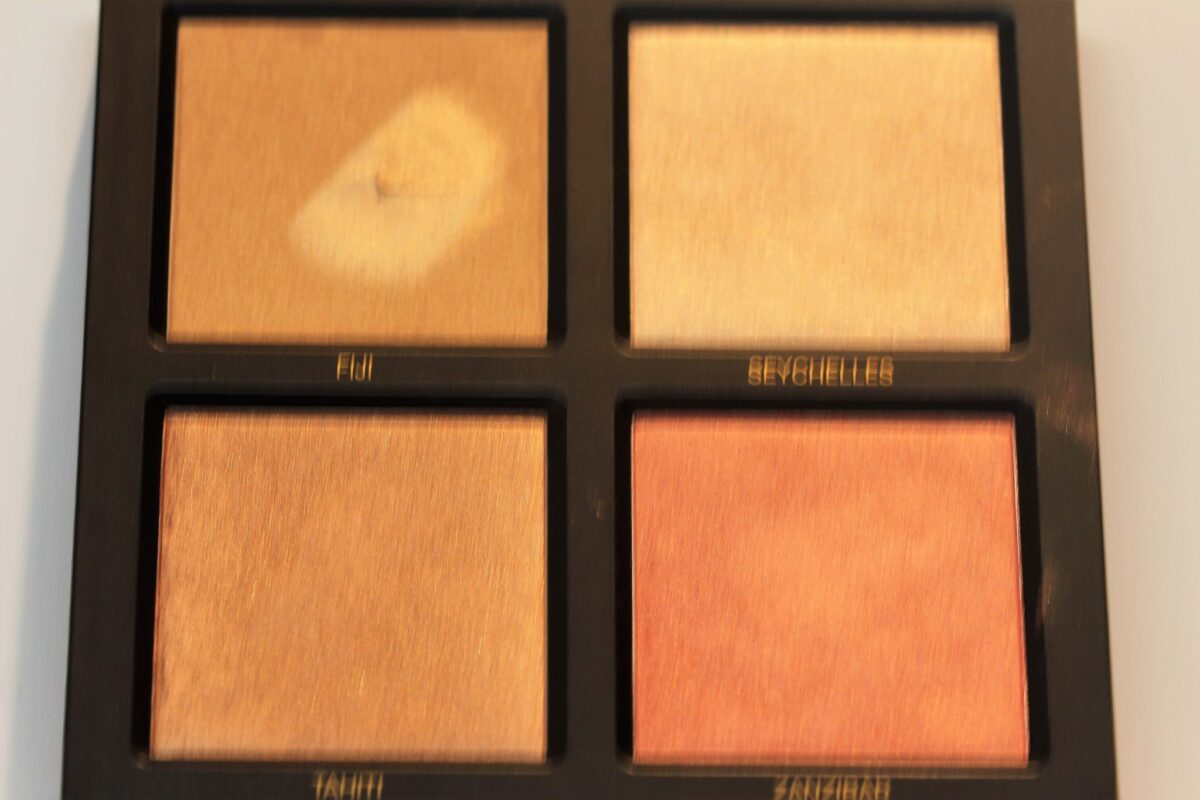 The shades in the Golden Sand Collection are : the cream is figi, the light powder is seychelles, the dark shade is tahiti, and the blush shade is zanzibar