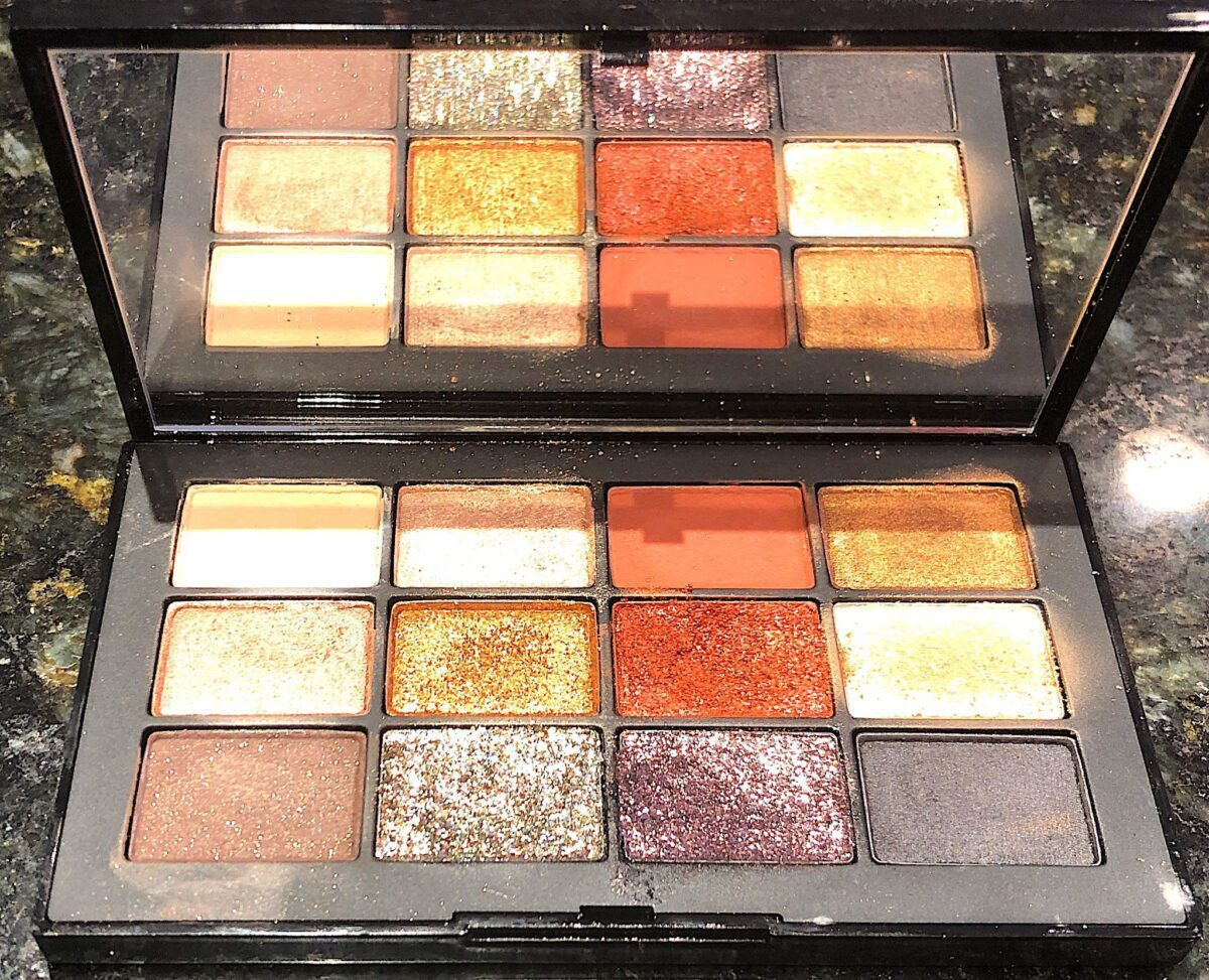 THE NARS STUDIO 54 INFERNO PALETTE WITH MIRROR AND 12 EYESHADOW PANS