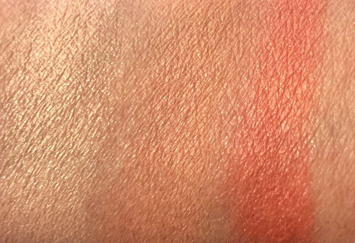 THE HUSTLE BLUSH PALETTE SWATCHES