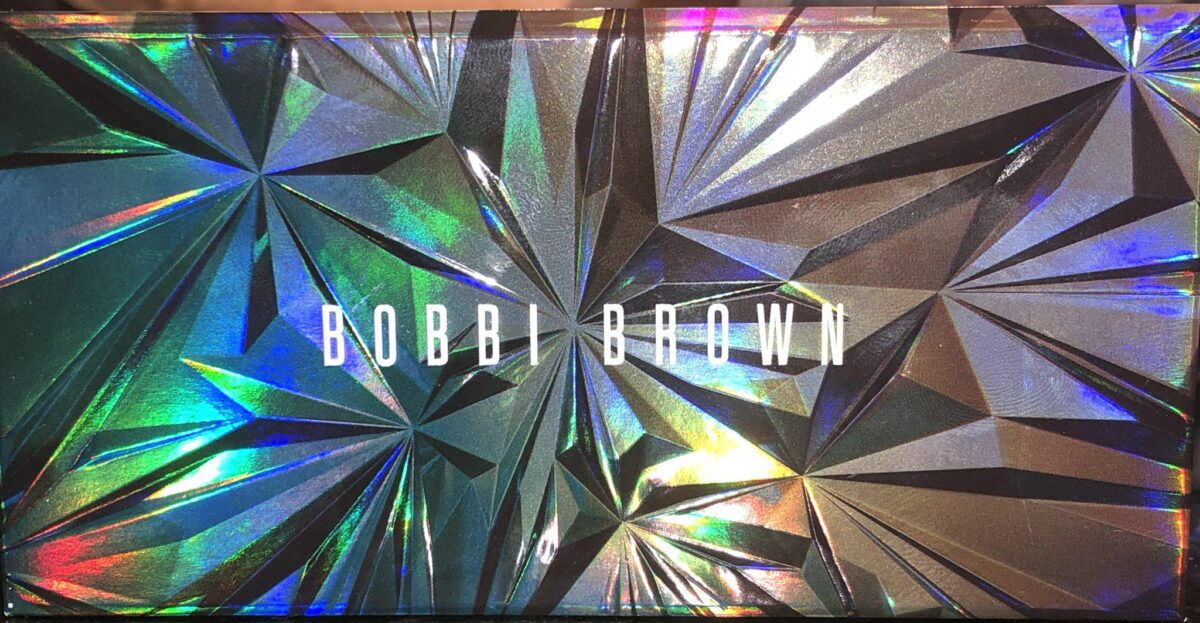 THE BOBBI BROWN AUTUMN AVENUE EYESHADOW PALETTE COMPACT FRONT