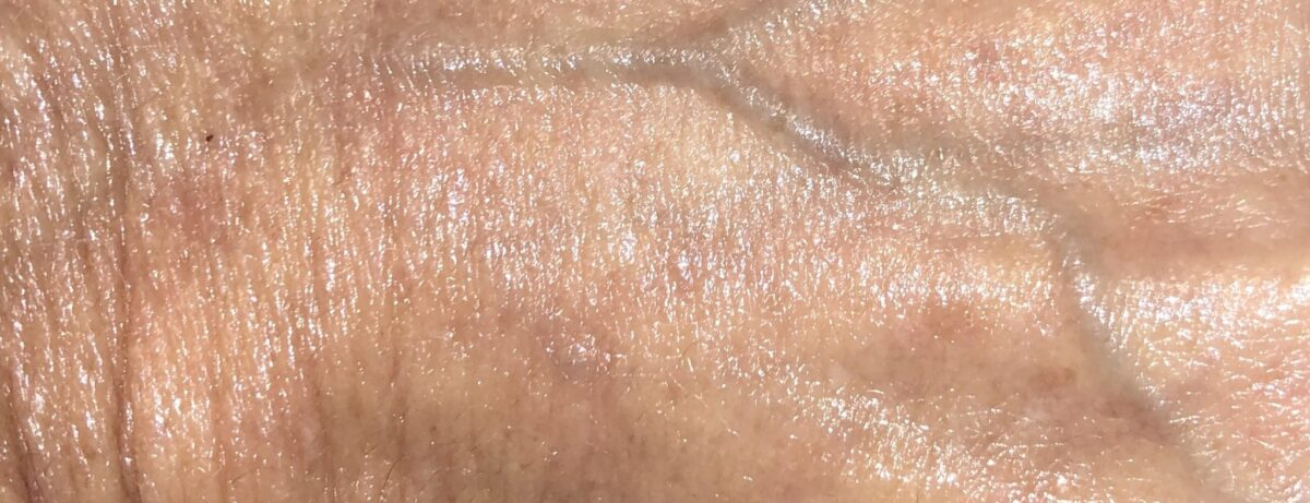 MORE SWATCHES OF MAGIC SERUM CRYSTAL ELIXIR