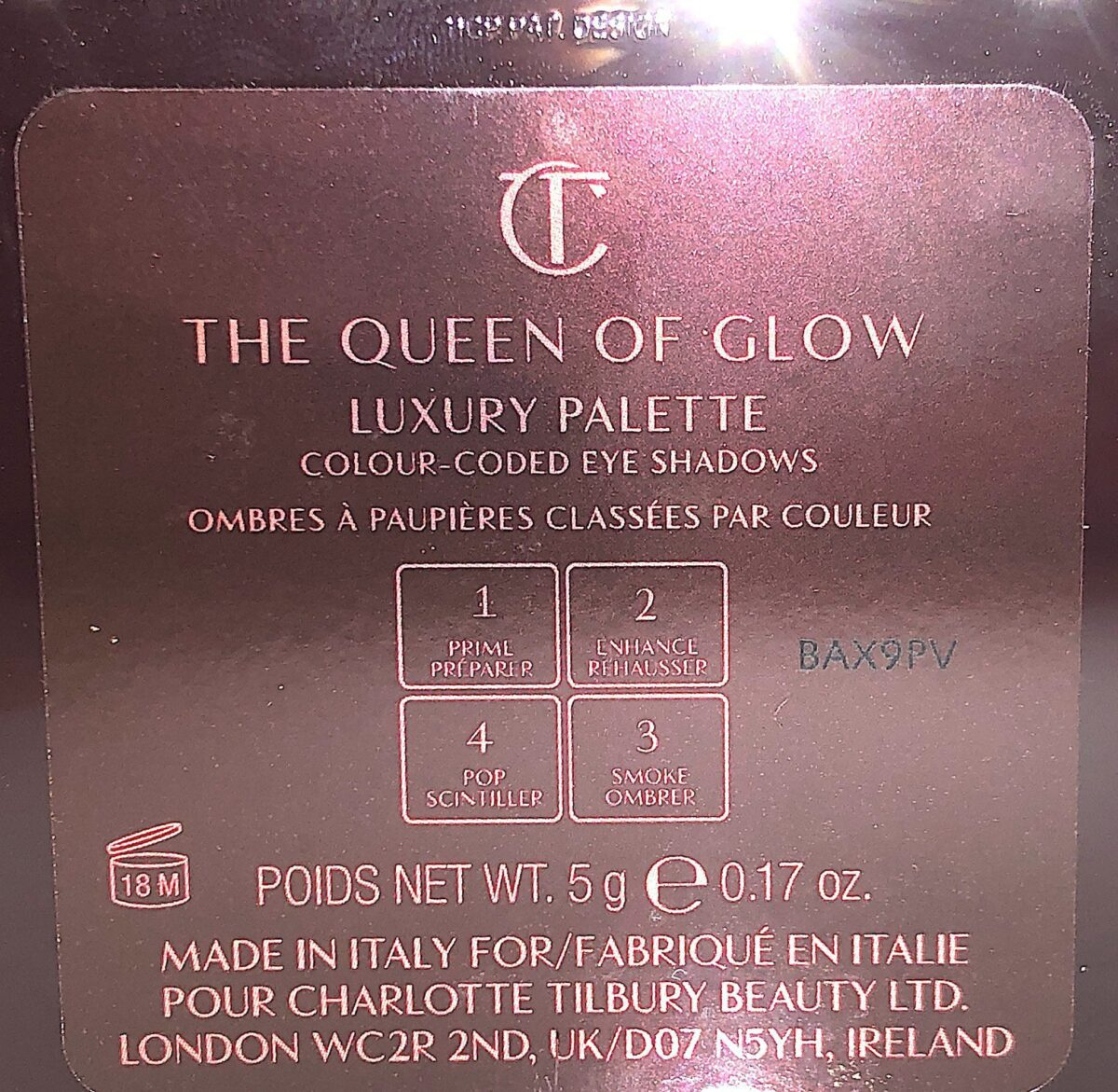 THE BACK OF THE QUEEN OF GLOW COMPACT