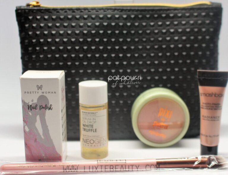 The products arrive inside of the Ipsy Cosmetic Bag