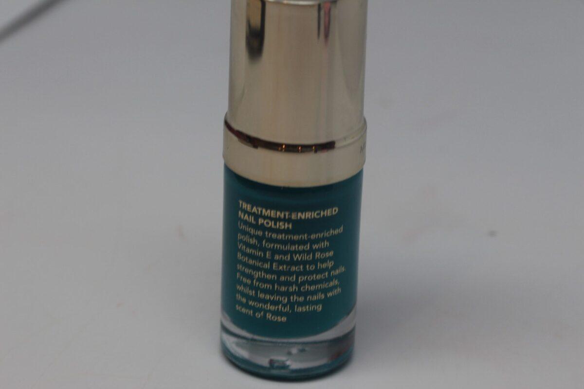 Ipsy-Margaret-Dabbs-Ingredients-Green-Day-Lily-nail-polish