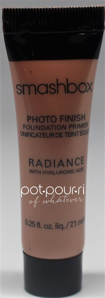 Primer that creates a warm tinted glow