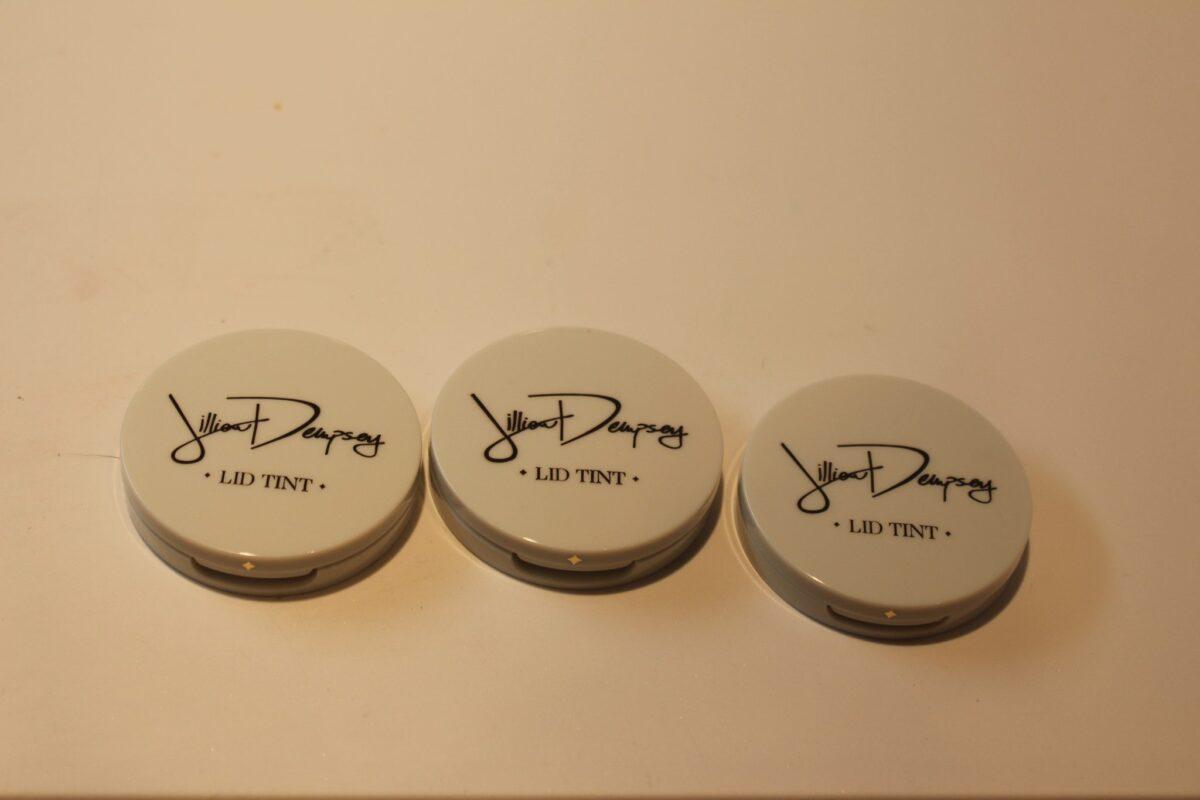 Jillian-Dempsey-Lid-Tints-compacts-front