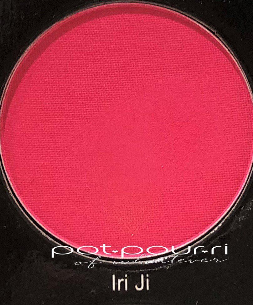 Juvia's-Place-the-festival-eyeshadow-palette-Iri-Ji-fuchsia-ppink-matte
