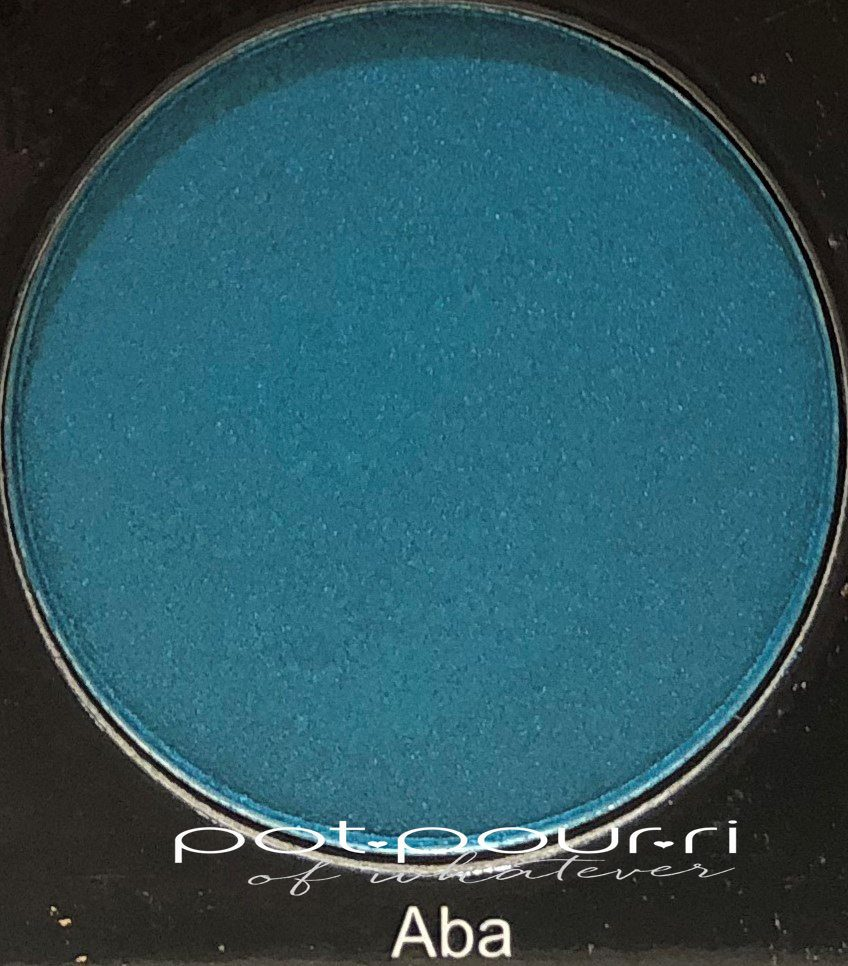 Juvia's-place-festival-eyeshadow-palette-Aba-turquoise-shimmer