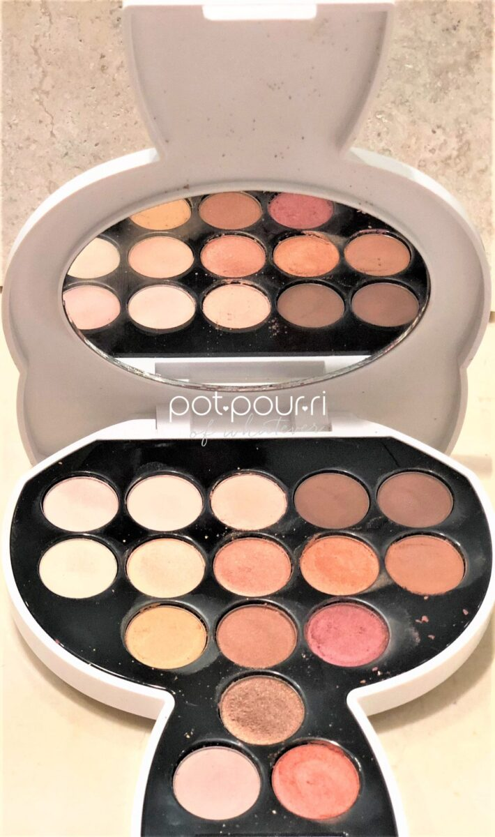 KARL LAGERFELD MODEL CO CHOUPETTE EYE SHADOW PALETTE WITH 16 SHADES AND AN OVAL MIRROR