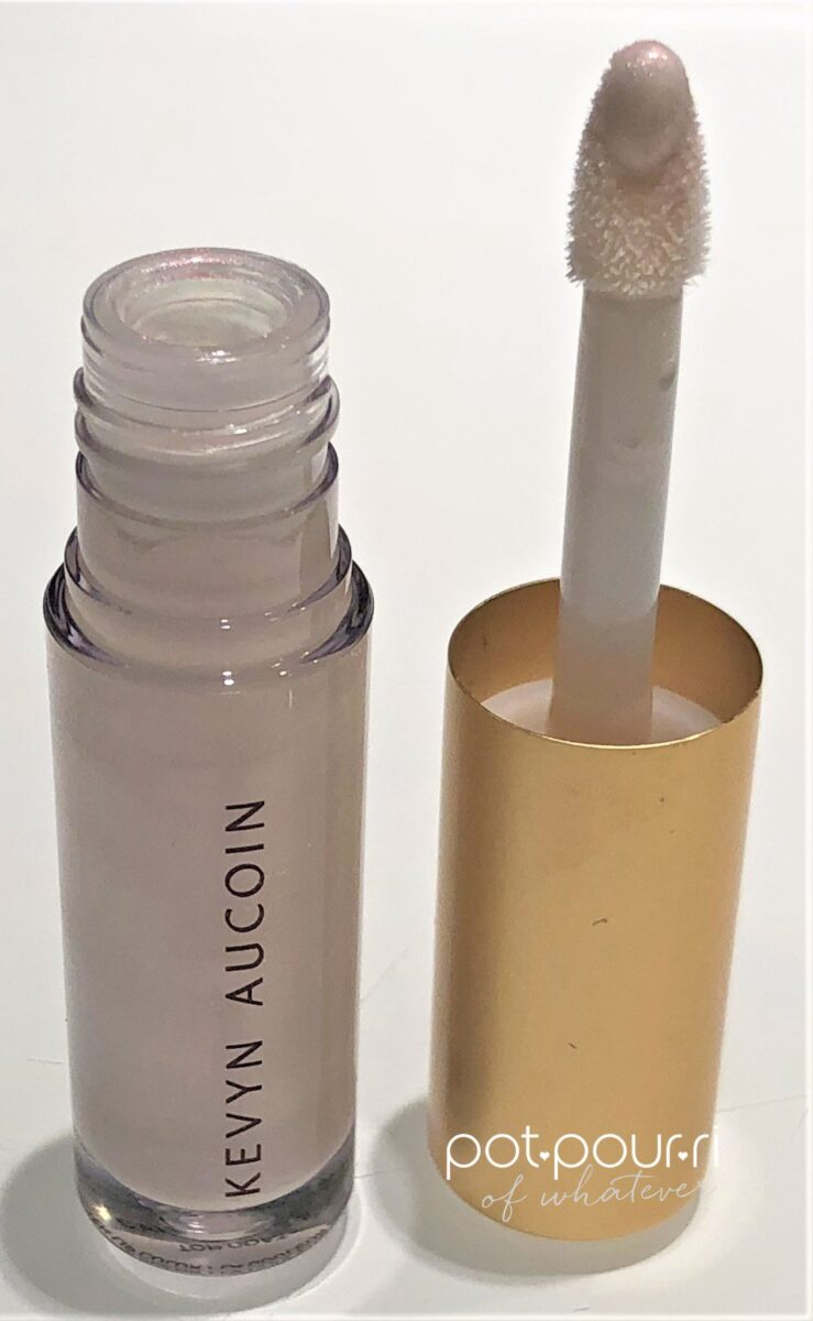 KEVYN AUCOIN MOLTEN MINI LIP COLLECTION TRIANGULAR APPLICATOR TIP