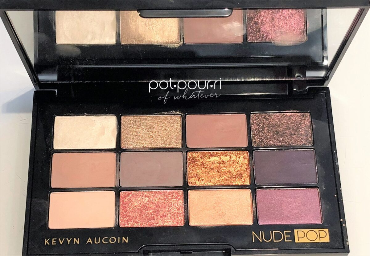 INSIDE COMPACT FULL SIZE MIRROR ON TOP, 12 KEVYN AUCOIN NUDE POP EYE SHADOWS BOTTOM