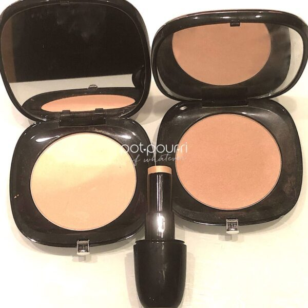 MARC-JACOBS-ACCOMPLICE-POWDER-CONCEALER