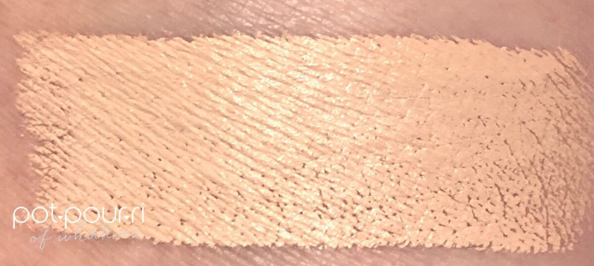 MARC JACOBS ACCOMPLICE CONCEALER & TOUCHUP STICK MEDIUM 30 SWATCHED