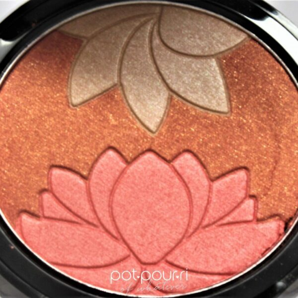 Manna-Kadar-Blush-highlighter-pan-three-shades