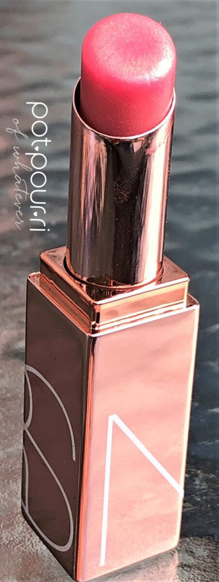 ORGASM PEACHY-PINK WITH GOLD LIP BULLET