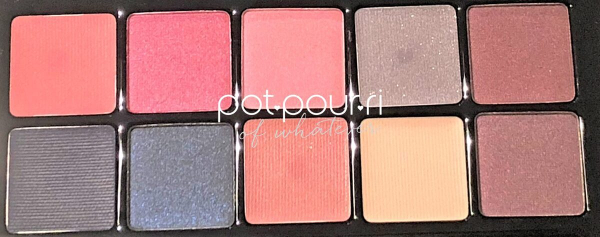 TEN VIBRANT SHADES IN COLD CHROMA PALETTE