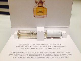 Play-sephora-subscription-bag-perfume-marc-jacobs-daisy