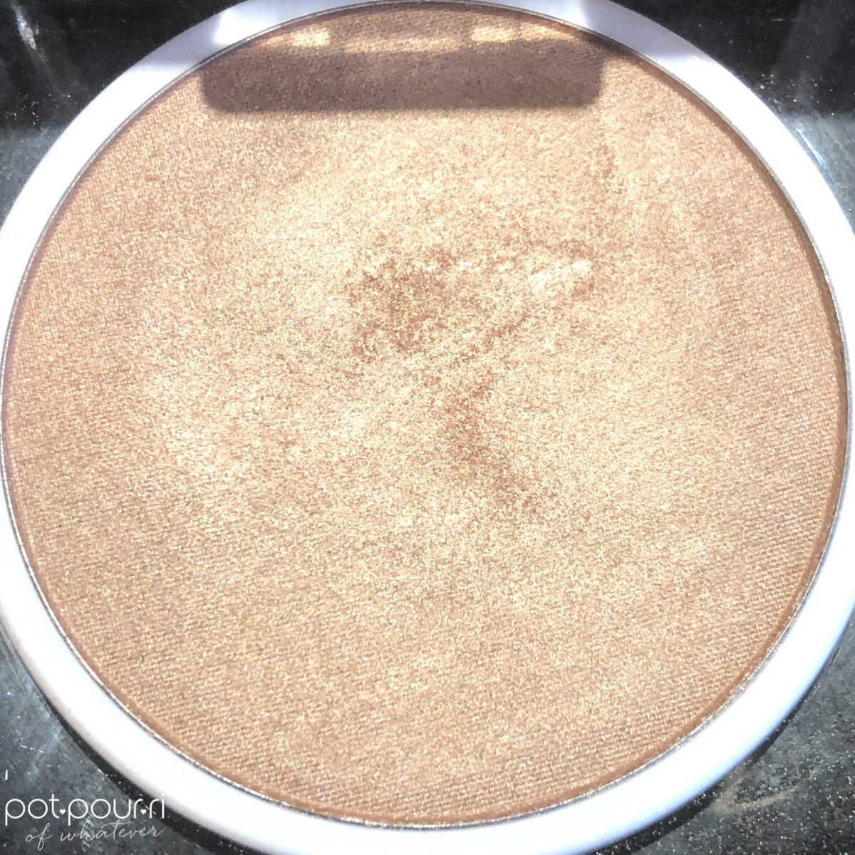 RMS SCARLETT PEACH LUMINIZER POWDER