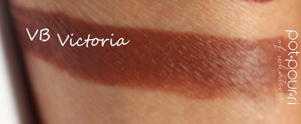 Victoria-Beckham-swatch-black-cassis-Victoria-matte-lipsticks