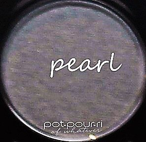 Becca Apres Ski Glow Eye Lights color Pearl