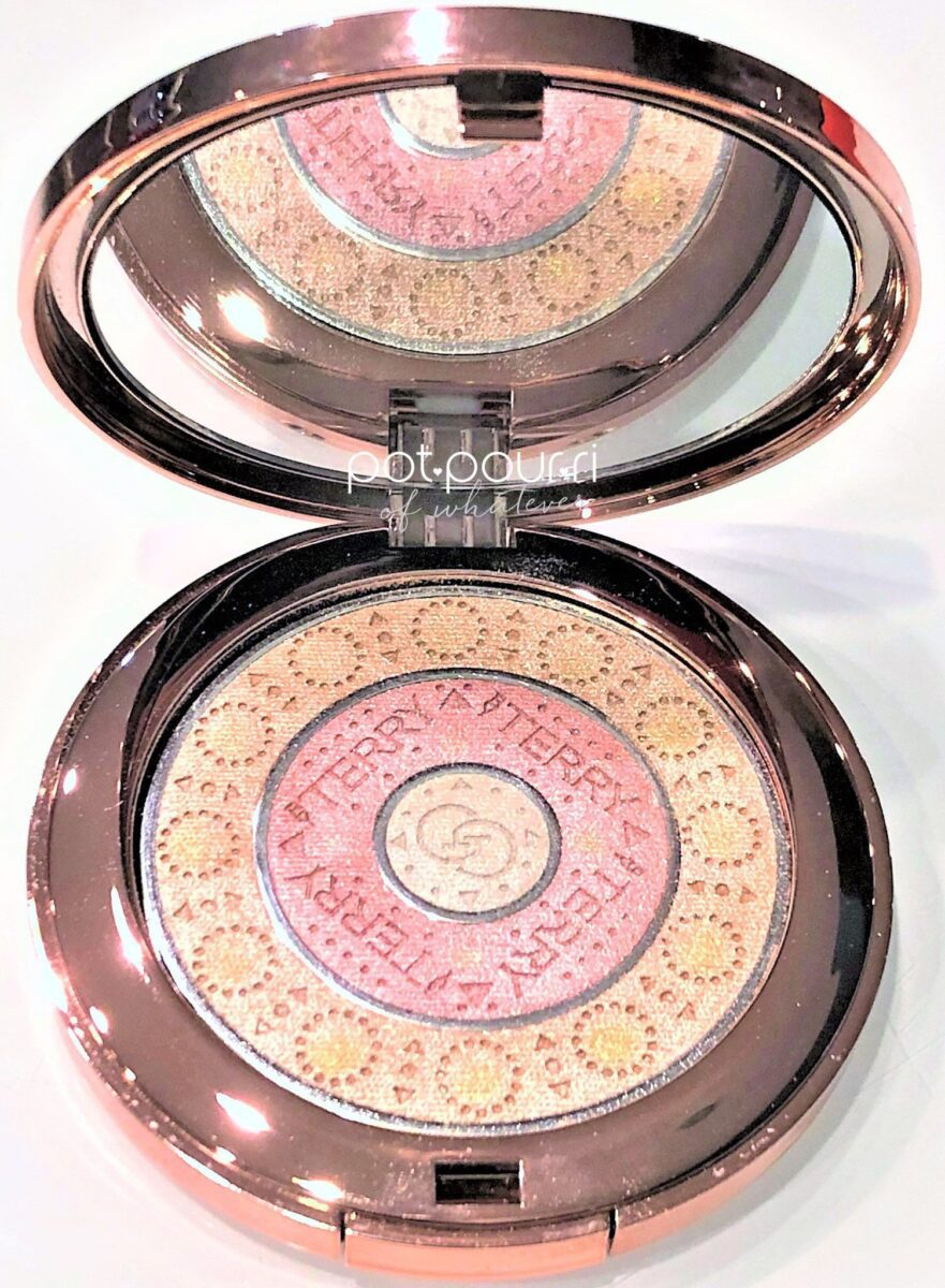 GLOW GEMS COMPACT WITH MIRROR AND SNAP CLOSURE