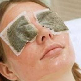 green tea bags on eyes