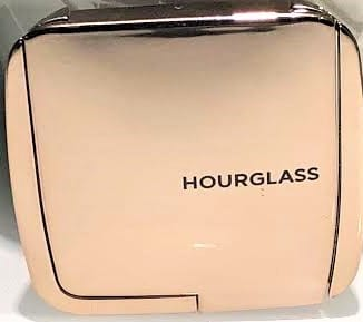 HOURGLASS AMBIENT LIGHTING NEW YEAR BLUSH COMPACT