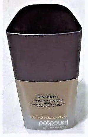 TOP VIEW OF HOURGLASS VANISH LIQUID FOUNDATION BOTTLE
