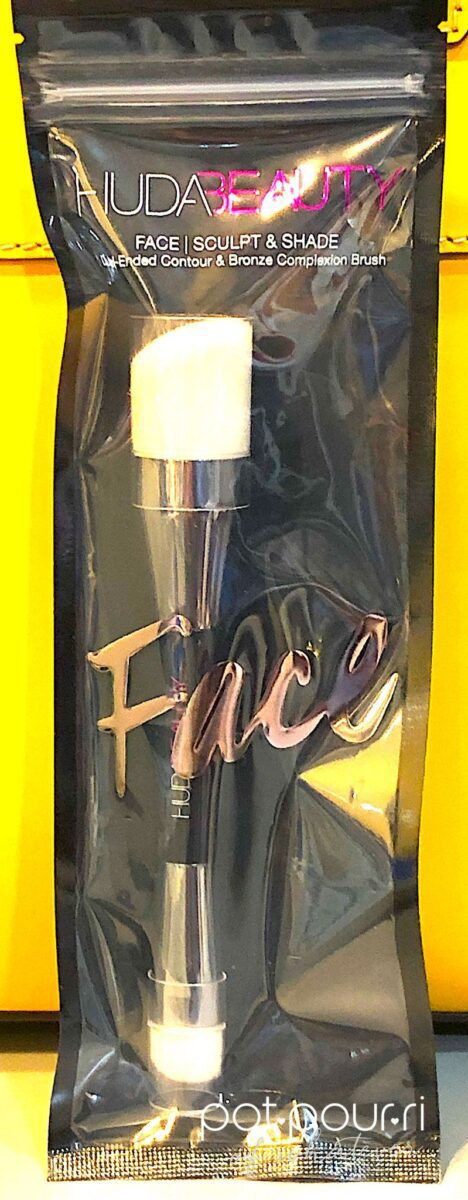 HUDA FACE BRUSH SCULPT AND SHADE PACKAGING