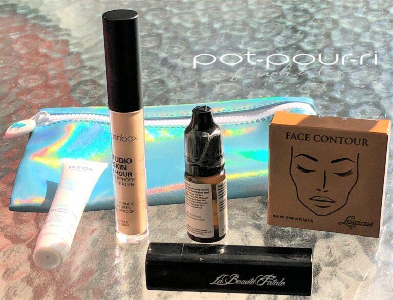 ipsybag-July-2018-smashbox-concealer-luscious-facepalette-la-beaute-fatale-vivide-lipstick