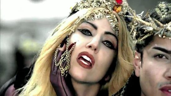 lady-gaga-makeup-designs-2012