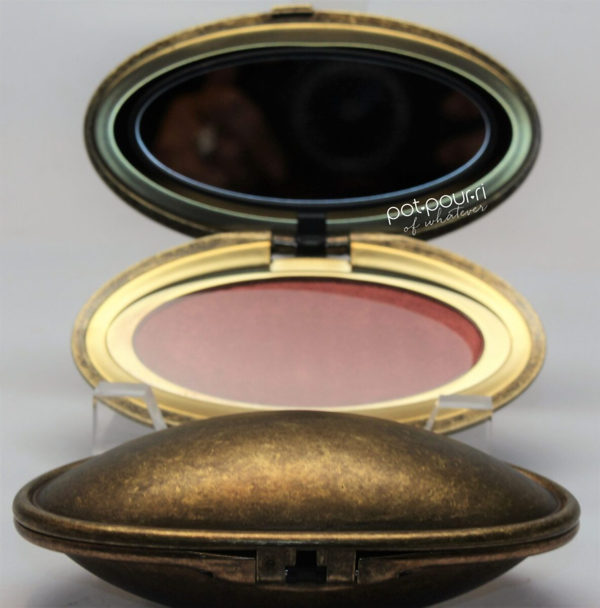 mac-face-powder-blush-opened-compact-by-robert-lee-morris