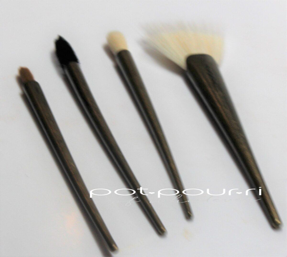Four brushes in brush roll