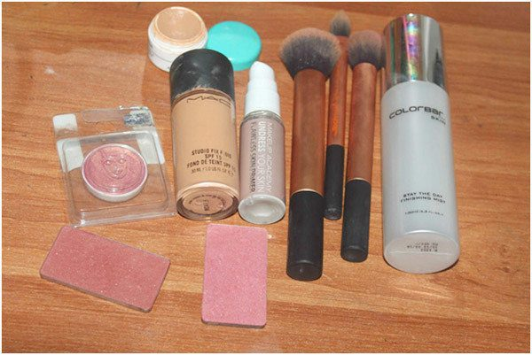 makeup-required-products