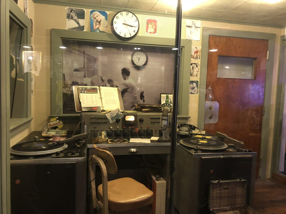 RECORDING STUDIO RADIO STATION BROADCASTS ELVIS FIRST SONG