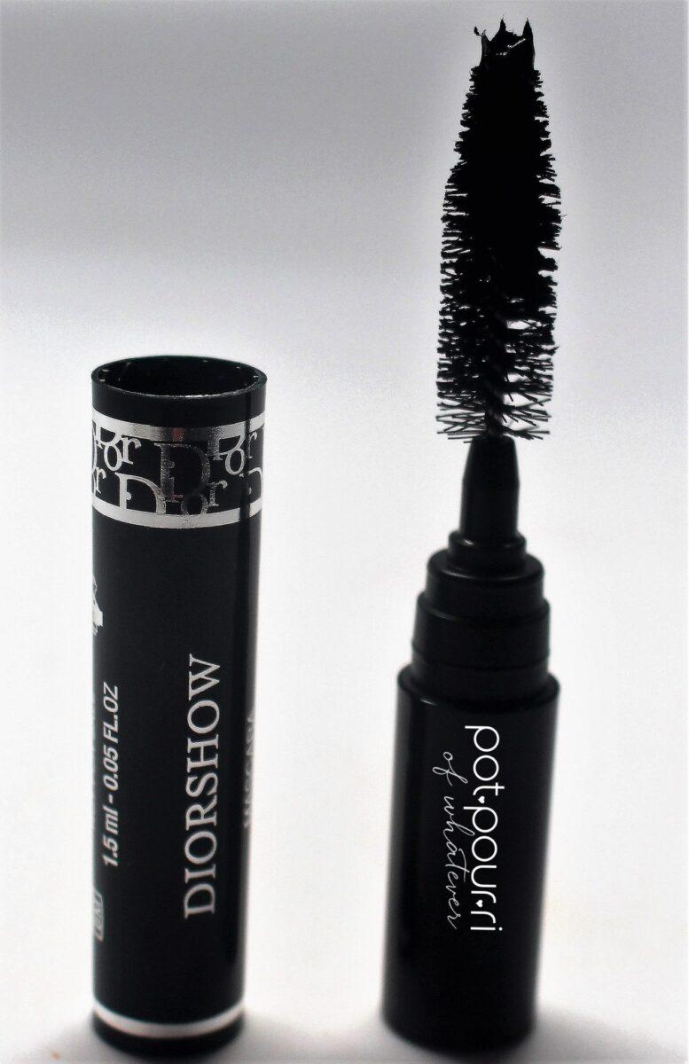 play-diorshow-mascara-wand-tube-professional-volume-