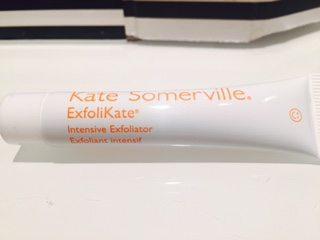 play-subscription-bag-sephora-Kate-somerville-ExfoliKate-intense-skin-exfoliator